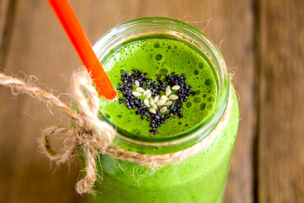 What's in a green smoothie: Basic Greens